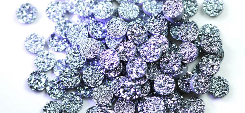osmium-institut-slovenija-osmij-diamantki-ozadje-1